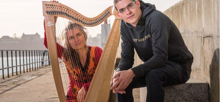 Pour 'la houle des mots', un concert étonnant/détonnant de Slam et Harpe – 6 juillet à Saint-Jacut